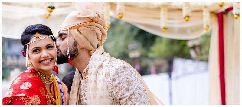 Ankur & Akshata Mumbai : Minimalistic decor and subtle outfits – this wedding was nothing short of elegant and classy.