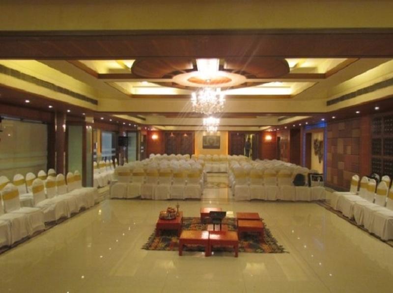 In Focus: Kohinoor Park, Wedding & Banquet Hall in Dadar West, Mumbai
