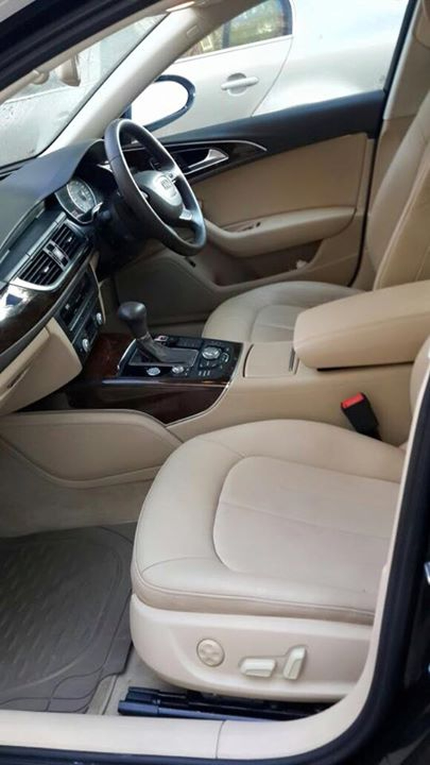 S K Rent A Car Wedding Car Rentals In Delhi Weddingz