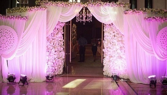Fabulous wedding gate decoration ideas to create a lasting first elegant flowers drapes crystals wedding gate decoration ideas junglespirit Gallery