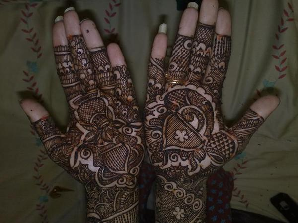 Malika's Beauty Parlour | Hyderabad | Mehendi Artists
