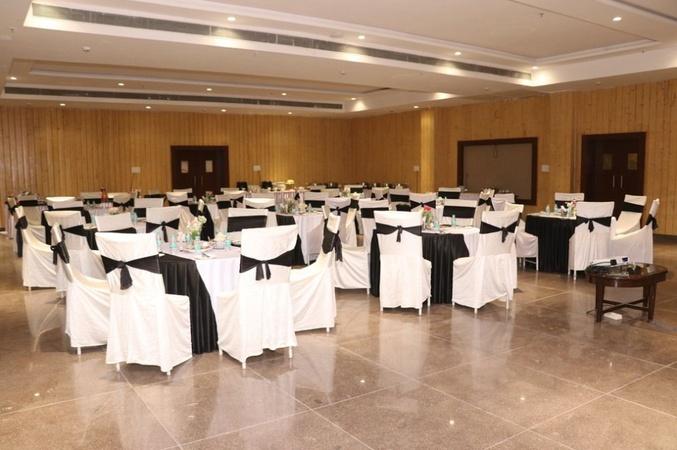 Citrus Classic Hotel Hoshangabad Road Bhopal - Banquet Hall
