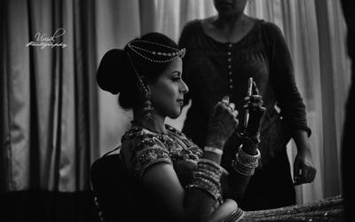 Black and white Bridal photogrqaphy
