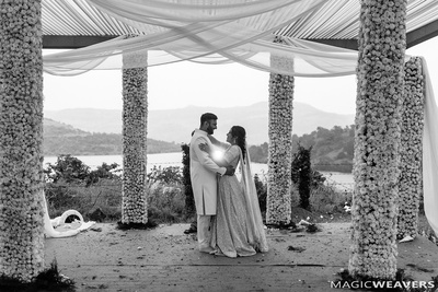 Black and white romantic picture of the couple