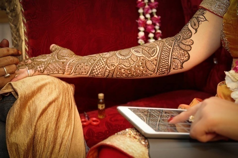 Selecting the right mehendi design