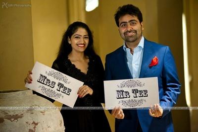 Quirky signage ideas for wedding shoot. Embellished V neck line