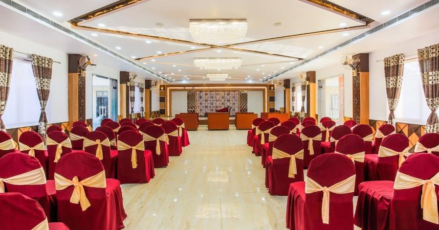 Vaibhav Laxmi Paradise Gomti Nagar Lucknow - Banquet Hall