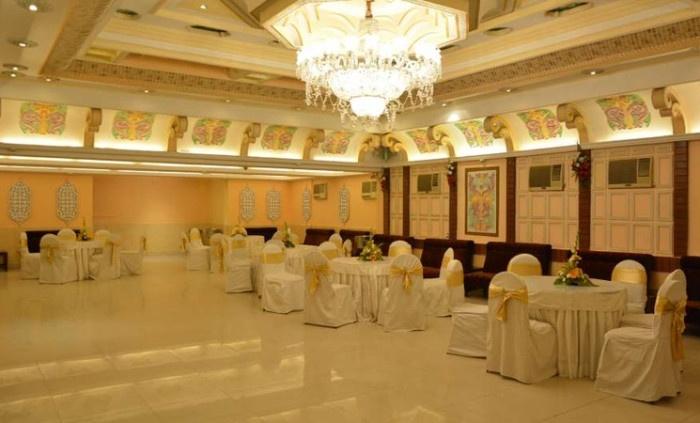 Roland Hotel, Ballygunge, Kolkata