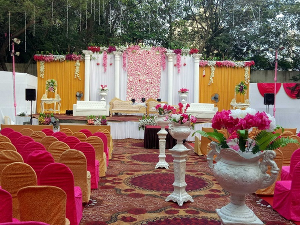 Grand Imperial Lawn Andheri West Mumbai - Wedding Lawn