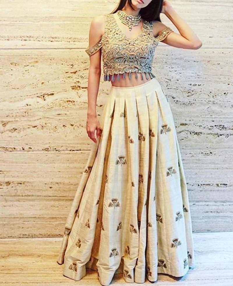 8 Trending Lehenga and Saree Blouse Styles Every Bride Needs To Know!