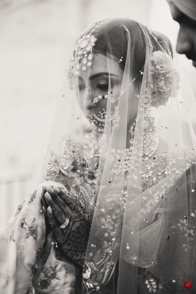 Black and white photography of the ethereal bride