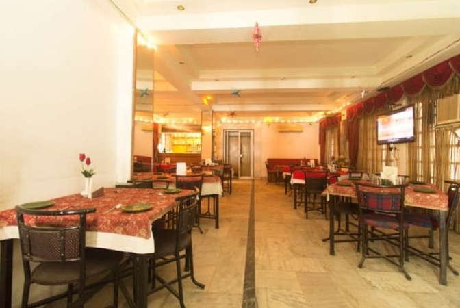 Hotel Niladri Palace Hakim Para Siliguri - Banquet Hall