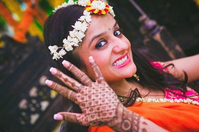 Bridal Mehendi photography.