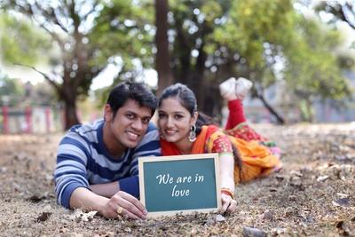 Romantic pre-wedding photo shoot ideas
