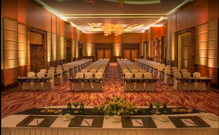 Radisson Blu Hotel Vijay Nagar Indore - Banquet Hall