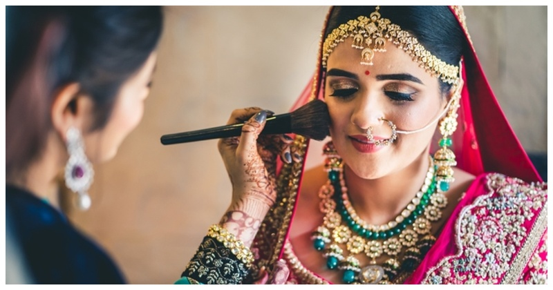 5 Steps to remove your heavy bridal makeup without any chemical removers!