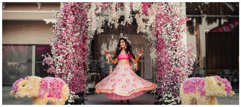 Mithun & Sapna Udaipur : Sapna and Mithun's Udaipur destination wedding saw the best of outfits, decor, themes and much more!