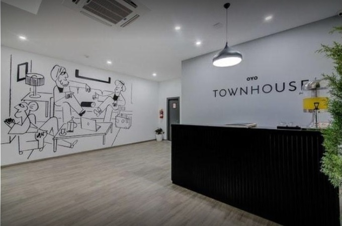 OYO Townhouse 044 Sector 14 Gurugram - Banquet Hall