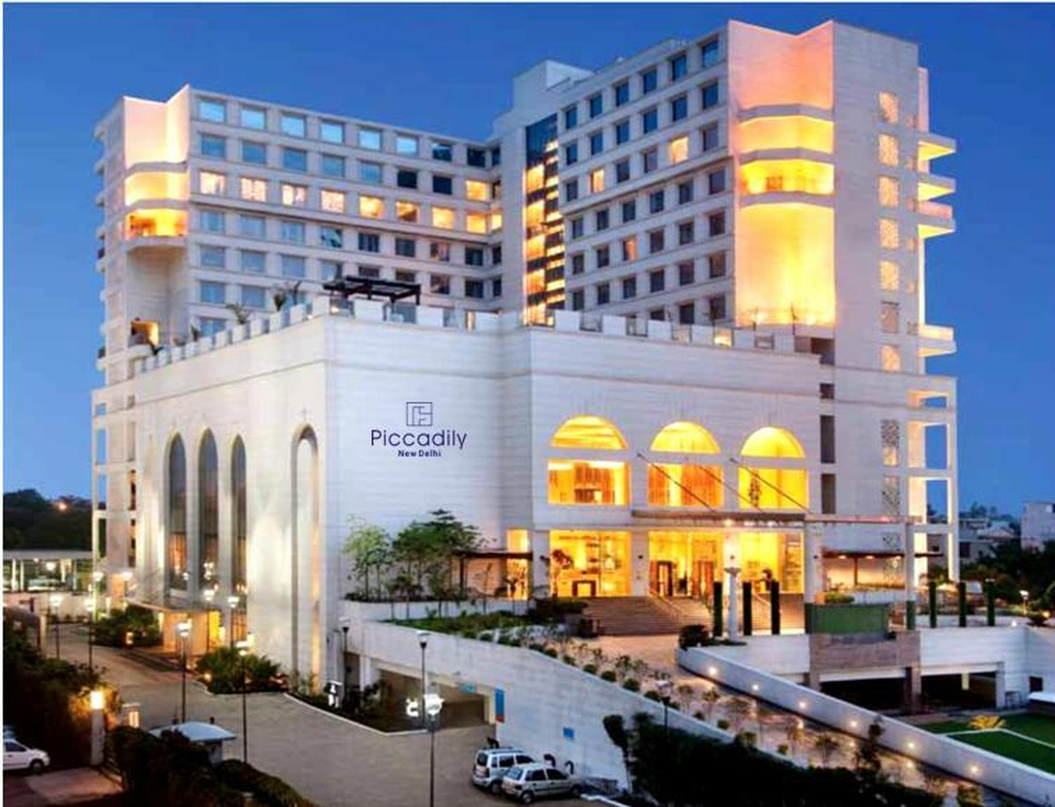 Taj Hotel Lucknow Contact Number