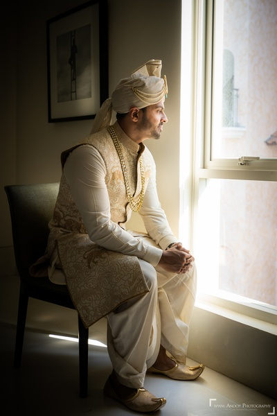 A stunning potrait shot of the groom prior to the wedding ceremony.