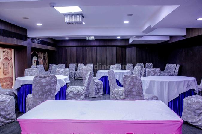 Ginger Hotel Bodakdev Ahmedabad - Banquet Hall