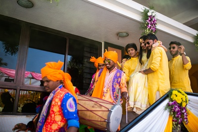 Vishakha making her entry at the Mehendi ceremony.