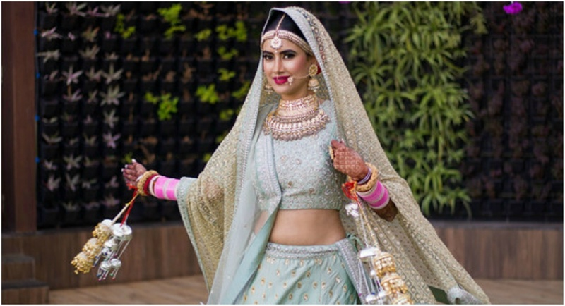 The Ultimate Wedding Checklist For The Glowing Indian Bride!