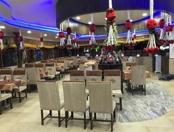Hotel Express Restaurant And Bar Deolali Camp Nashik - Banquet Hall