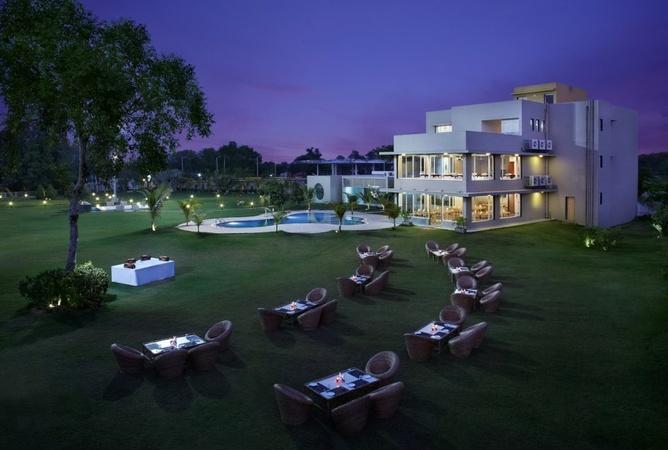 Sandy Palm Resort Chiloda Gandhinagar - Banquet Hall