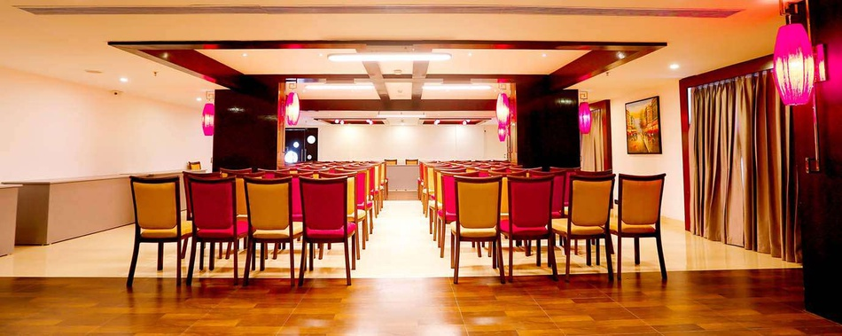 Zone By The Park Kovilambakkam Chennai - Banquet Hall