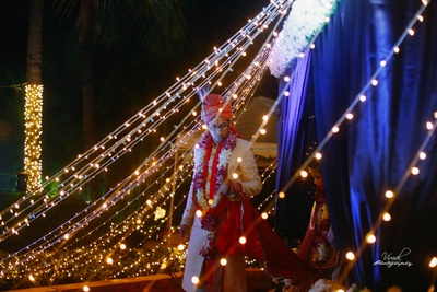 Groom coming out of the mandap.