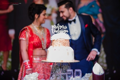 gorgeous wedding cake for the reception