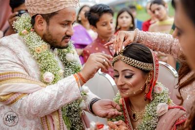 The couple during the sindoor dana ceremony.
