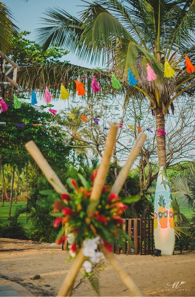 Quirky decor for the Hawaiin night
