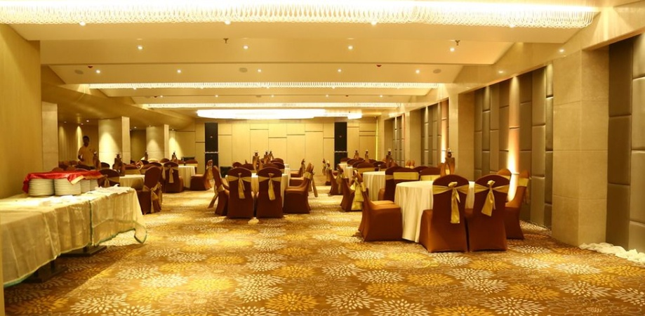 The Fern Residency INA Colony Amritsar - Banquet Hall