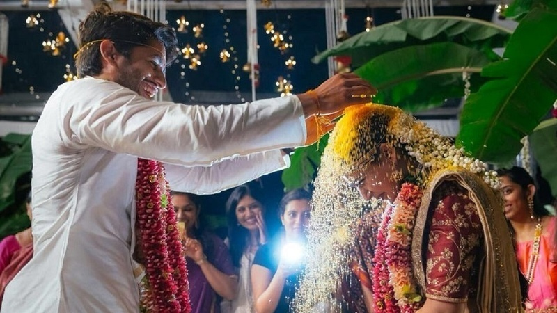 8.Candid moments in the mandap: