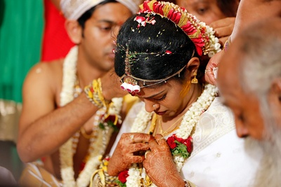 Mangalsutra ceremony