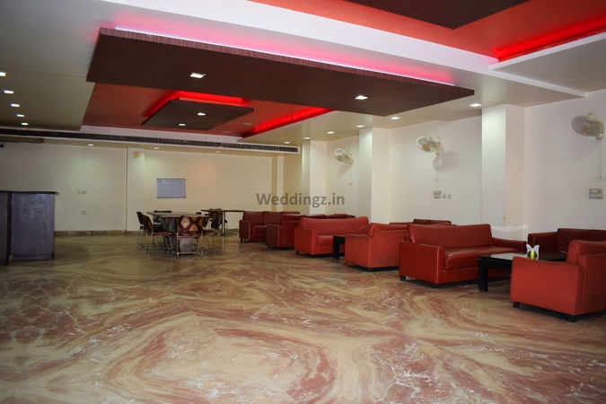 Hotel Shivam Paradise Khatipura Jaipur - Banquet Hall