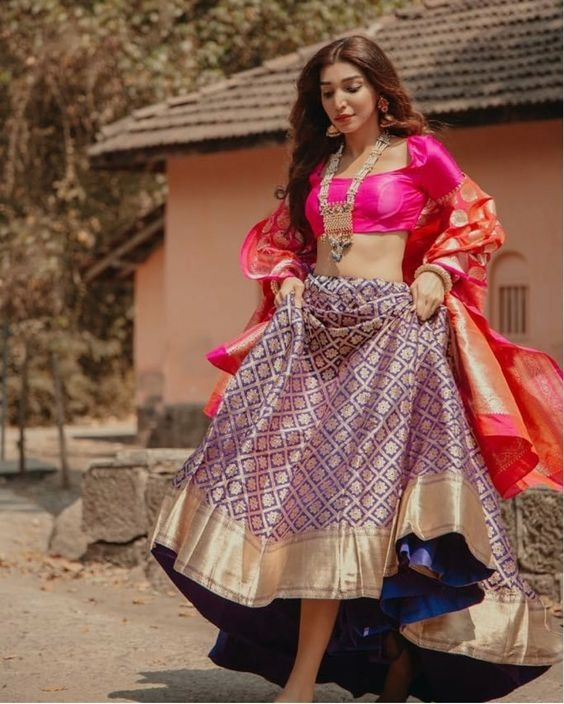 30 Banarasi Lehenga Images Which Will Make You Opt For One This Wedding Season Bridal Wear Wedding Blog,Simple False Ceiling Designs For Living Room In India