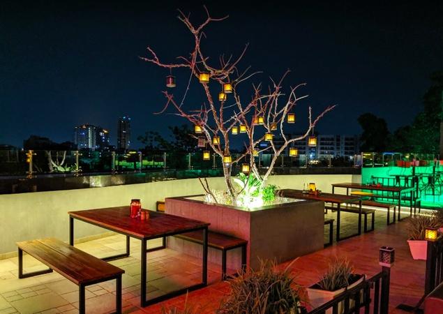 Terrazza Swaroop Nagar Kanpur - Banquet Terrace