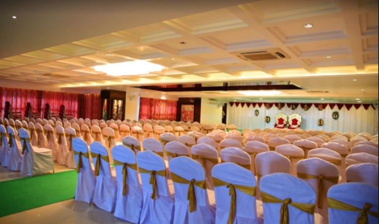 Mubarak Baug Wedding Hall Thane West Mumbai - Banquet Hall