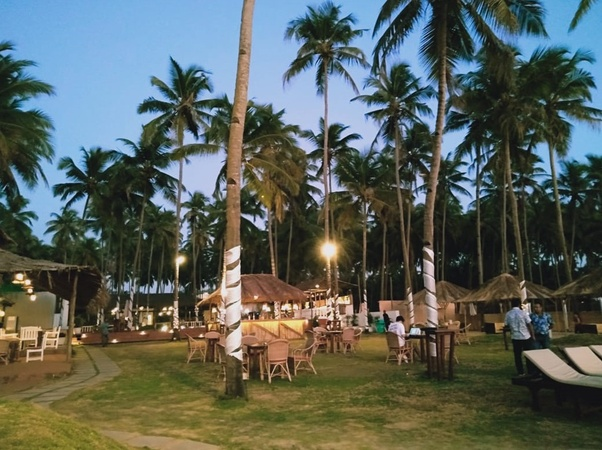 Por Do Sol Beach Lounge Morjim Goa - Wedding Lawn