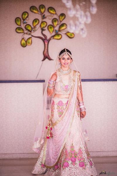 bridal portrait before the wedding ceremony