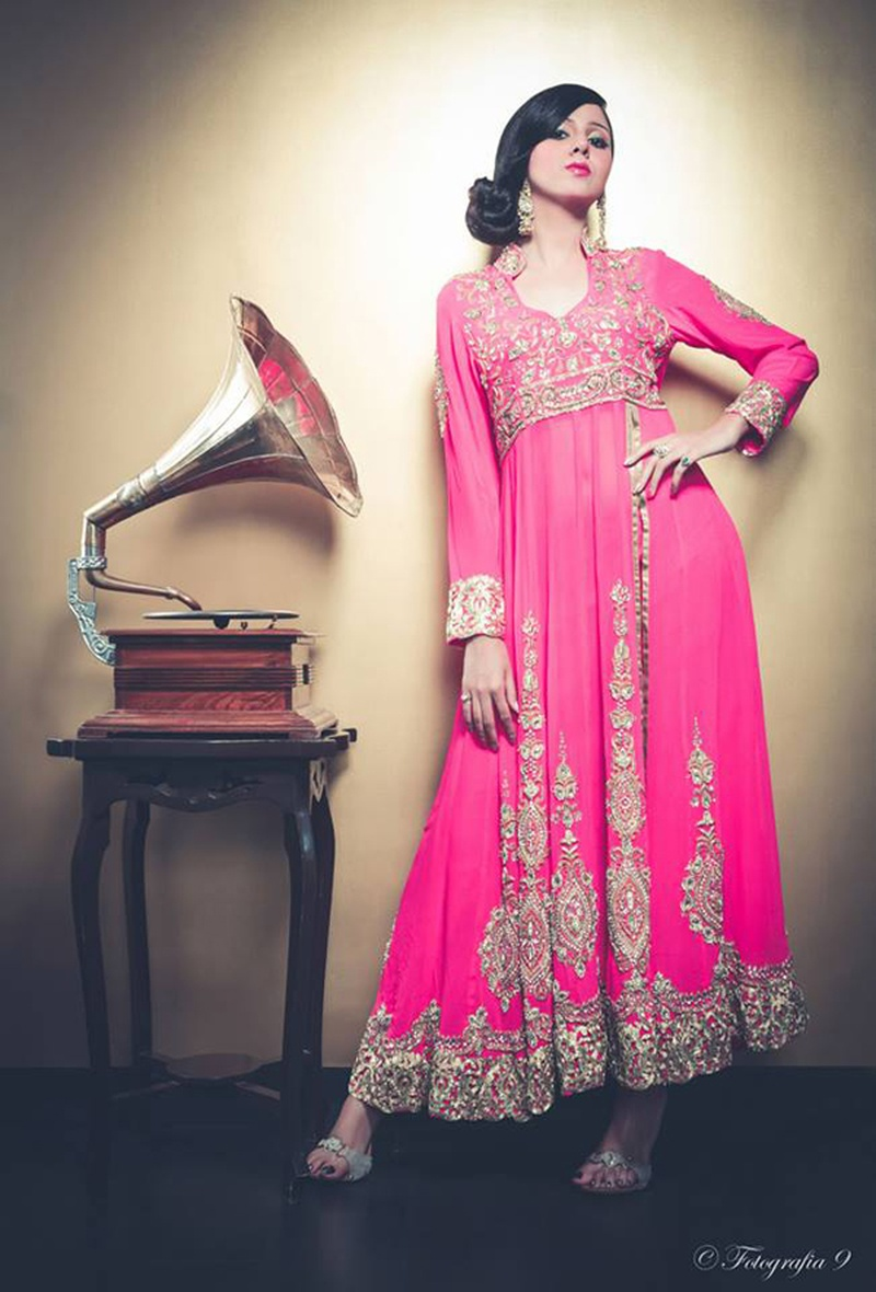 8 Unique and Latest Bridal Mehndi Dresses You Should Give a Go