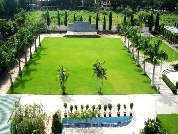 Raga Lawns