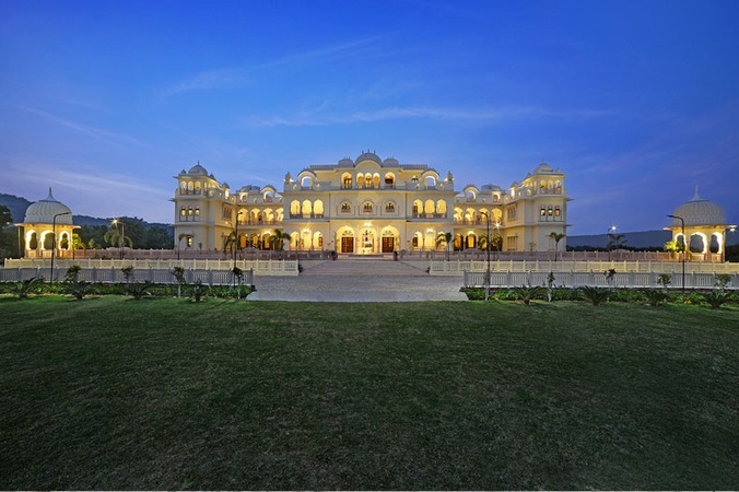 Jai Bagh Palace Kukas Jaipur - Banquet Hall