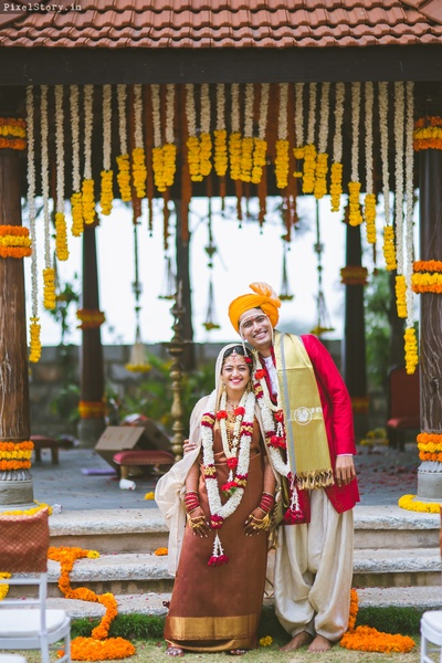 Candid wedding couple photography by PixelStory.in