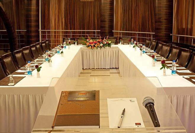 DRH Regency Hotel Naranpura Ahmedabad - Banquet Hall