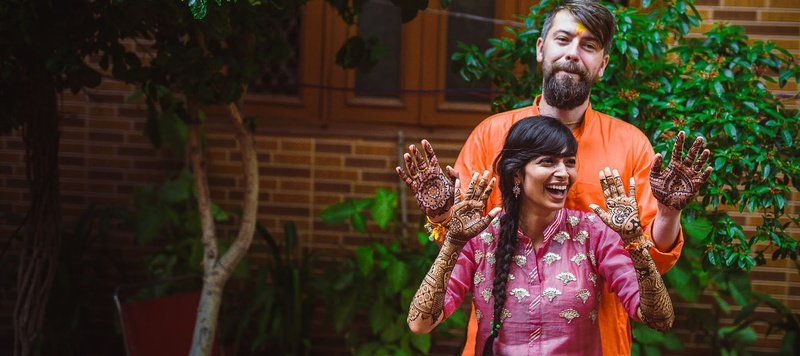 Michal & Shraddha Delhi : This intimate cross culture Wedding will give you some major #couplegoals!