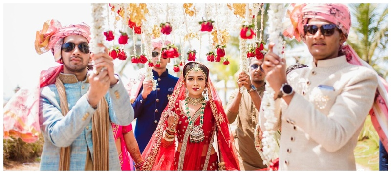 Aakash  & Purvi Goa : Purvi and Aakash's gorgeous Goa wedding will give you major shaadi wear inspo!